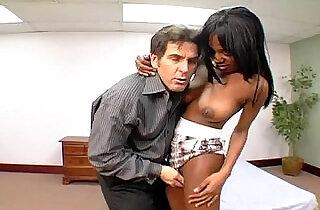 Ebony babe fucking
