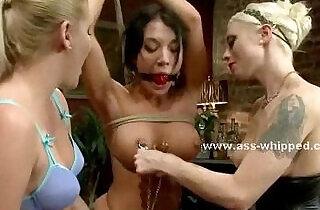 Lesbian strapon double penetration sex