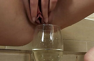 Kinky fetish fingers her moist clit
