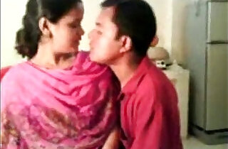 Amateur Indian Nisha Enjoying With Her Boss Free Live Sex goo.gl sQKIkh