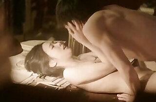 Kim Go Eun in Eungyo 2015 Korean Nude Scene