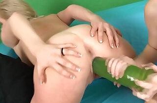 Slim redhead Denisa Heaven fills slut with big dildos