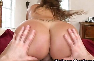 Real big ass ho bouncing up and down