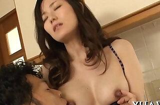 Large milk shakes asian slut with vibator