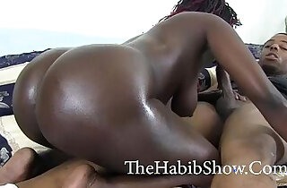 Chi Town big booty chocolate Hood bitch gets fucked